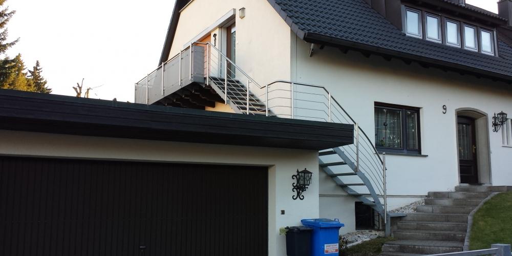 aussen treppen treppe treppengel nder 217. Black Bedroom Furniture Sets. Home Design Ideas
